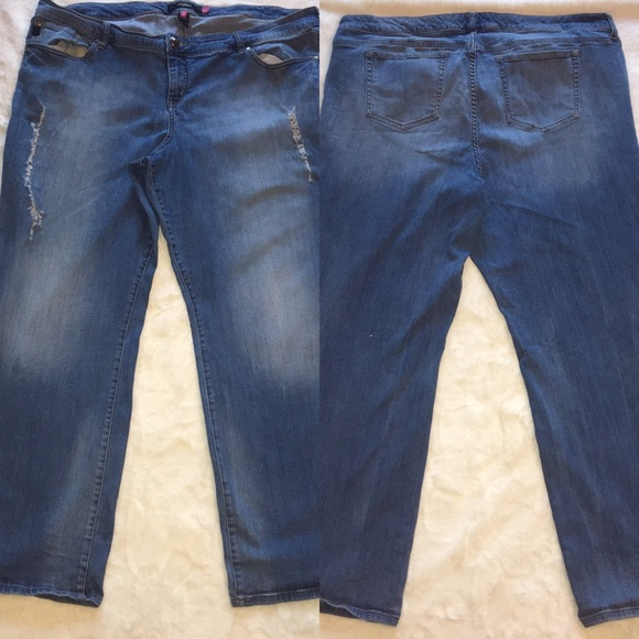 Torrid Distressed Jeans Size 26